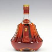 Hennessy Paradis ヘネシー パラディ